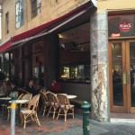 メルボルンのレストラン「KIRK'S WINE BAR」