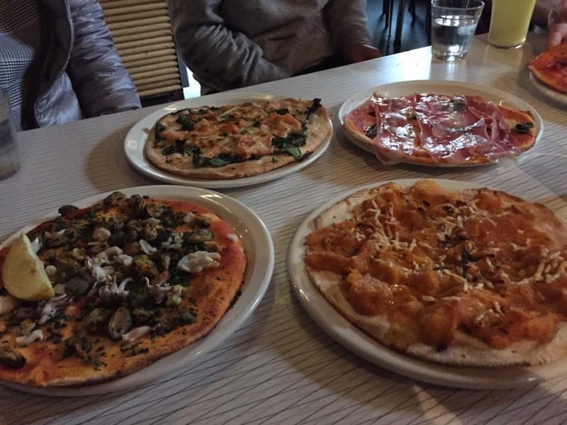 メルボルンのピザ屋「Bimbo deluxe」